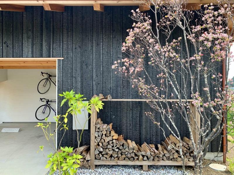 天龍焼杉の外壁